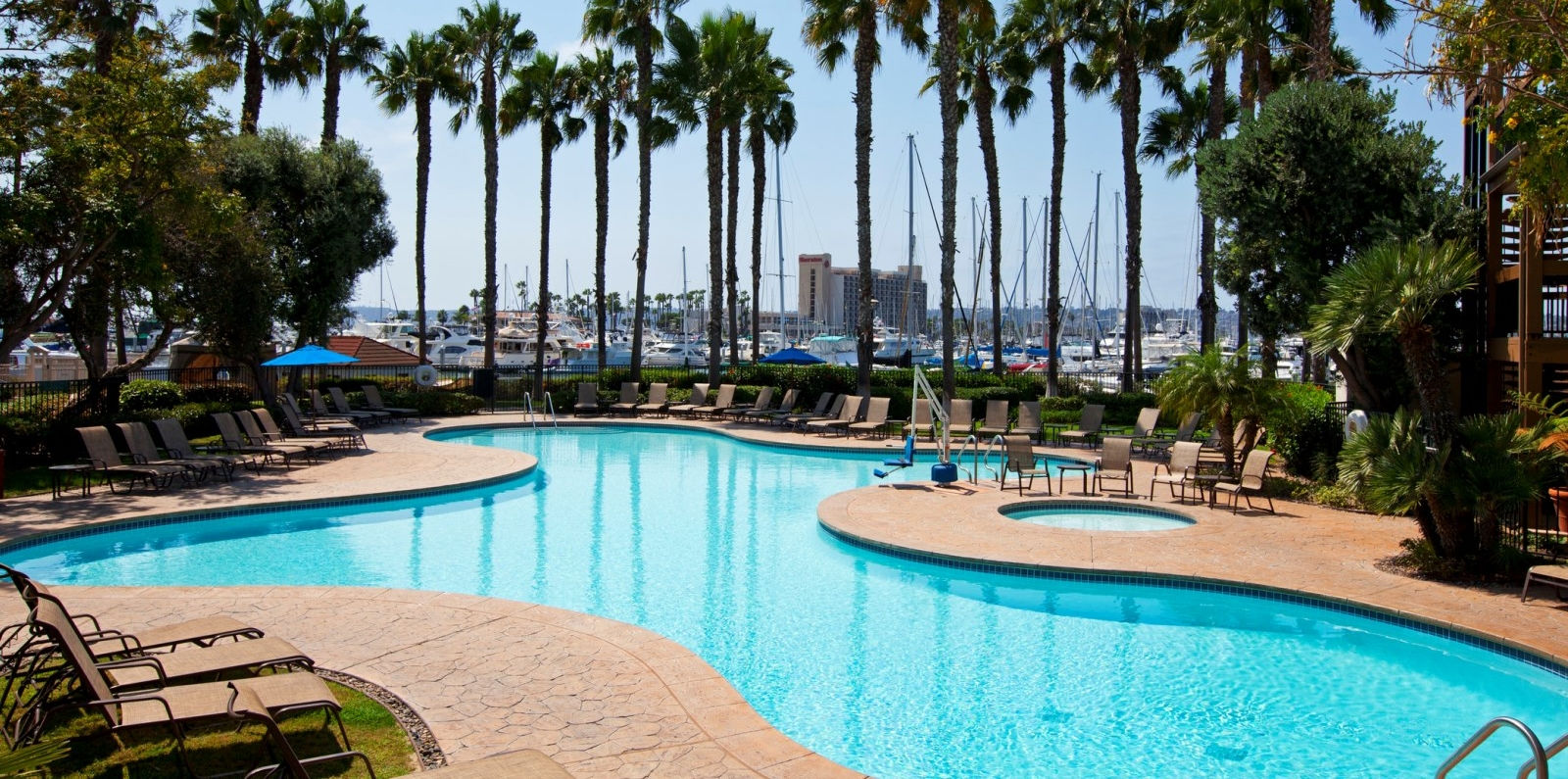 Sheraton San Diego Hotel & Marina - Swimming Pools